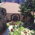 Innenhof von einem Kloster